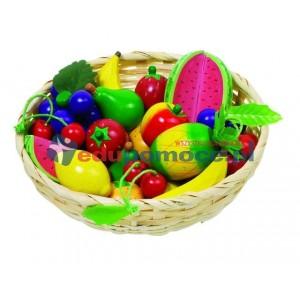 Owoce w koszyczku